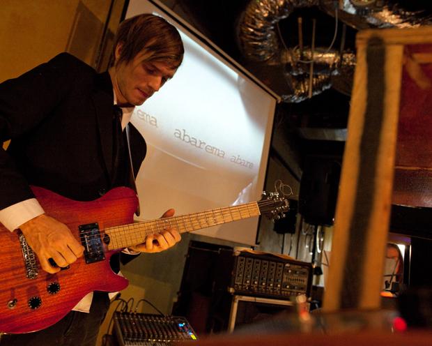 Guitarist Jonathan Henderson