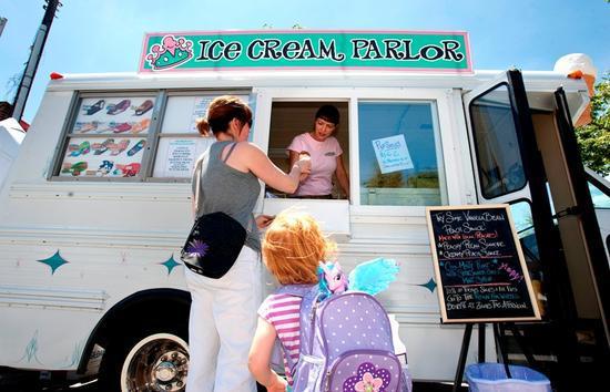 Ice Queen food truck